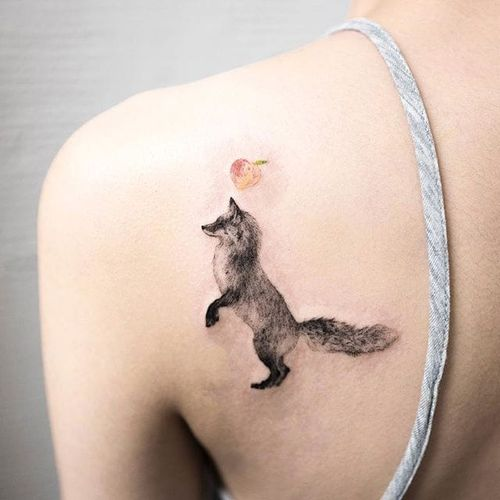 How foxy!  (Via Instagram ilwolhongdam) #hongdam #tinytattoo #perfectplacement #fox #watercolor #details #nature