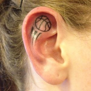 A hoop ear. (via IG - art.n.poke) #Basketball #BasketballTattoo #BasketballTattoos #NBA