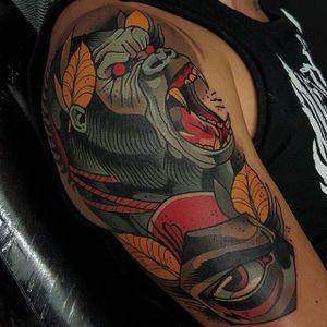 Neo Traditional Gorilla Tattoo by Toni Donaire #Gorilla #GorillaTattoo #NeoTraditionalGorilla #NeoTraditionalTattoo #ToniDonaire