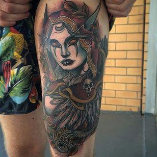 Conhece o artista que fez essa tatuagem? Conte pra gente nos comentários. #SylvanasWindrunner #WoW #Warcraft #realismo #realistic #colorful