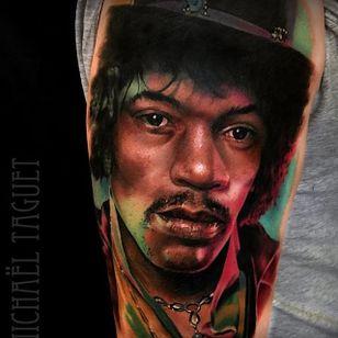 Jimi Hendrix. (via IG - michaeltaguet) #realism #celebrity #portrait #michaeltaguet #jimihendrix