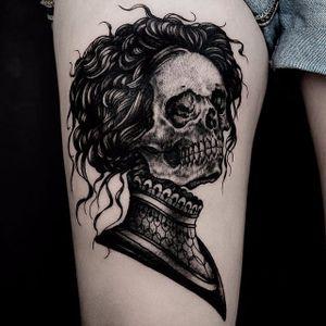 "Is this lady skeleton by Ilja Hummel (IG— iljahummel) is straight out of William Faulkner's short story ""A Rose for Emily."" #black #illustrative #IljaHummel #ladyhead #skull #victorian"