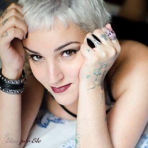 Carolina D'Ambrosio #mulhertatuada #mulheresdeatitude #tattoodobabes #brasil #brazil #portugues #portuguese