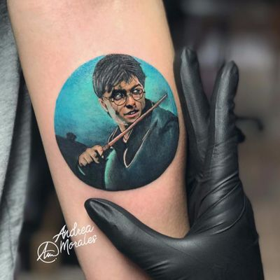 Harry Potter Tattoo by Andrea Morales #AndreaMorales #color #realism #realistic #movietattoo #HarryPotter #wizard #glasses #magicwand #magic #DanielRadcliffe #tattoooftheday
