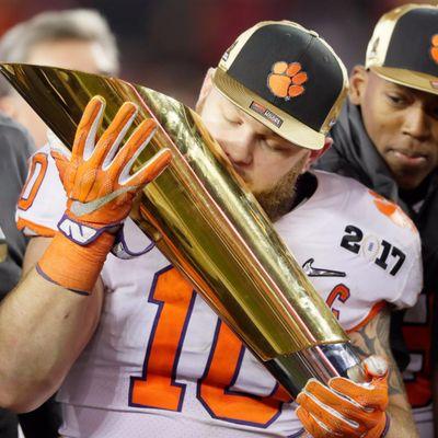 Ben Boulware kissing the National Championship trophy. #Clemson #BenBoulware #CollegeFootball #Football
