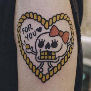 Skull heart rope tattoo by Woohyun Heo #WoohyunHeo #rope #traditional #heart #skull (Photo: Instagram)