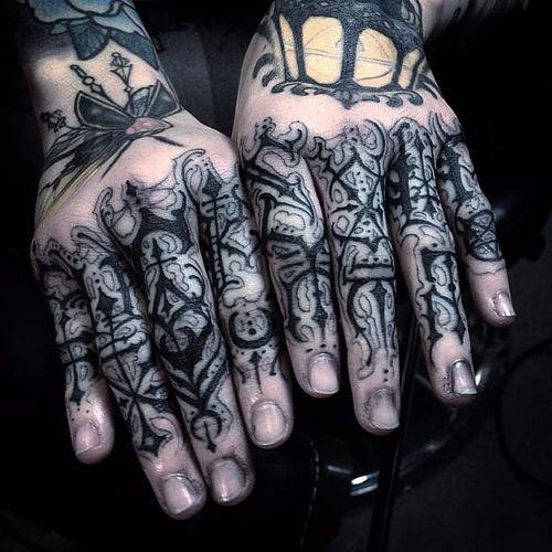 Blackwork finger tattoo by OilBurner. #OilBurner #blackwork #metal #dark #gothic #handstyle #metal