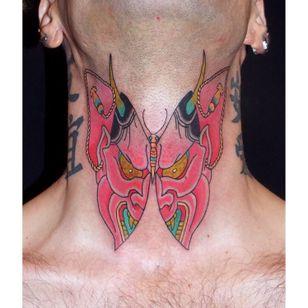 #hannyatattoo #butterflytattoo #necktattoo #Brindi #Japanese