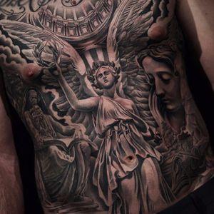 Religious statues. Juncha. (Instagram: @juncha) #largescale #blackandgrey #statues #religious #Juncha