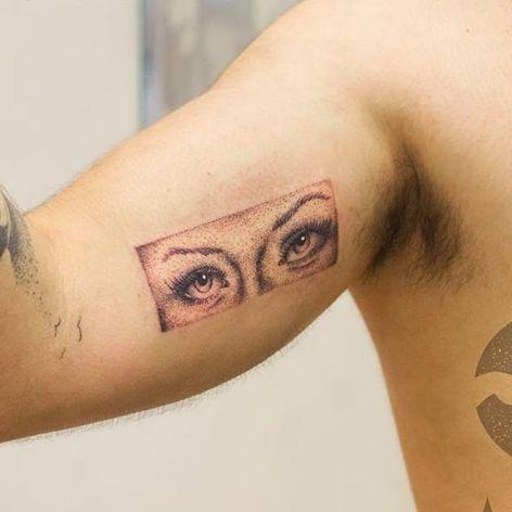 Tattoo por Marcelo Ret! #MarceloRet #TatuadoresBrasileiros #TatuadoresdoBrasil #TattooBr #TattoodoBr #dotwork #pontilhismo #olhos #eyes