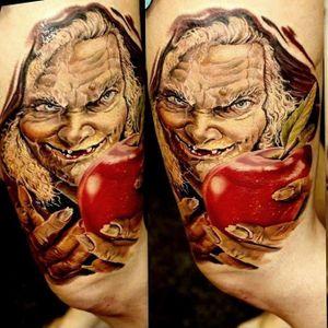 #maçã #apple #velha #oldwoman #bruxa #SegundoTattooer #ElectricInk #realismo #TatuadoresDoBrasil #brasil