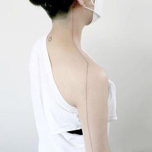 Body seam tattoo by Tattooist Doy. #Doy #seam #seamline #line #minimalist