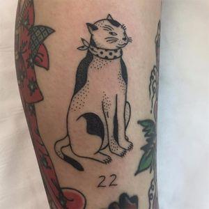 Sly Kuniyoshi Kitty by Jenna Bouma #Slowerblack #JennaBouma #stickandpoke #nonelectrictattooing #linework #dotwork #cat #kitty #nature #animal #kuniyoshi #Japanese #monmoncat #tattoooftheday