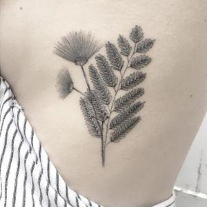 Fine line tattoo by Max Le Squatt #fineline #maxlesquatt #blackandgrey #botanical #floral #flower #