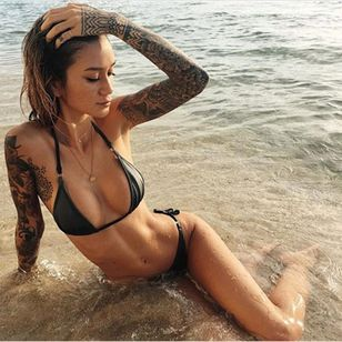 Jenah Yamamoto (via IG-gypsyone) #jenahyamamoto #tattooedmodel #model #alternativemodel #photographer