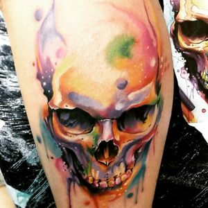 #caveira #skull #aquarela #watercolor #VinniMattos #coloridas #colorful #realismo #ElectricInk #TatuadoresBrasileiros #BrazilianTattooArtist #brasil