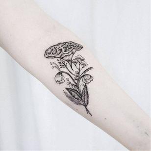 Botanical tattoo by Uls Metzger #UlsMetzger #monochrome #dotwork #blackwork #botanical