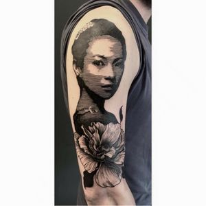 Blackwork portrait tattoo by Diamante Murru #DiamanteMurru #blackwork #graphic #portrait #flower