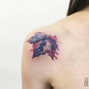 Maple tree watercolor leaf #YelizÖzcan #fineline #watercolor #blackwork #leaf #tree #mapletree #fineline