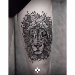 Impressive lion portrait design #liontattoo #ElBernardes #geometric #portrait #linewok