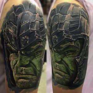 Hulk #BryanSolin #GuerraInfinita #InfinityWar #Avengers #Vingadores #Marvel #comics #nerd #geek #cartoon #hq #movie #filme #hulk #realismo #realism #realismocolorido #brucebenner #capacete #helmet