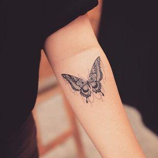 Lacy butterfly tattoo by Grain. #Grain #TattooistGrain #fineline #animals #geometric #insect #butterfly #lace