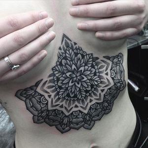 Blackwork Tattoo by Jack Peppiette #blackwork #geometricblackwork #underboob #geometric #JackPeppiette