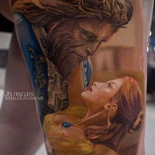 A depiction of Belle and the Beast from the live action version of the Disney Classic by Jurgis Mikalauskas (IG—jurgismikalauskas). #BeautyandtheBeast #Disney #JurgisMikalauskas #portraiture #realism