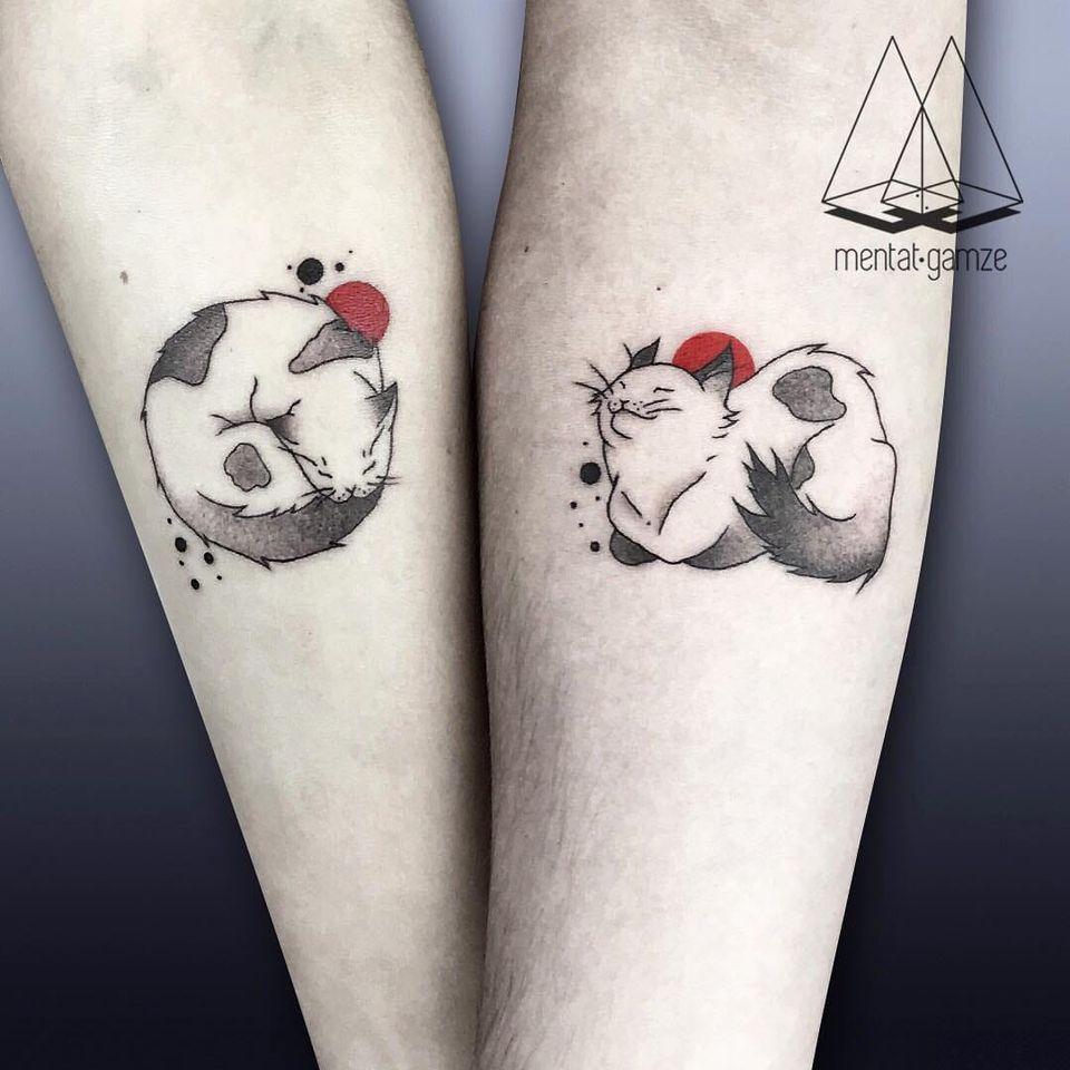 Matching tattoos by Mentat Gamze #MentatGamze #blackandgrey #matchingtattoos #redink #cat #kitty #linework #inkblot #sleeping #minimalist #simple #small #tattoooftheday