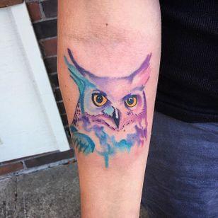Watercolor Owl Tattoo by @ect_1 #watercolorowl #watercolorowltattoo #owl #owltattoo #owltattoos #watercolor #watercolortattoo #watercolortattoos #watercolorartist #colorful #bird #birdtattoo