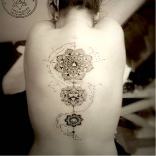Mandala tattoo by Marie Roura #MarieRoura #graphic #spiritual #geometric #mandala #spine