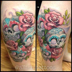 New school roses and sugar skulls by Allisin. #newschool #flower #rose #skull #sugarskull #Allisin