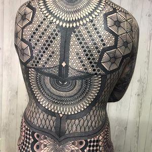 Geometric Bodysuit by Nissaco #Nissaco #blackwork #linework #dotwork #geometric #pattern #bodysuit #shapes #sacredgeometry #fractal #mandala #triangle #diamond #tattoooftheday