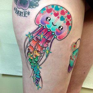 Água viva lindinha #RobertoEuan #gringo #fullcolor #colorida #aguaviva #jellyfish #coração #heart #estrela #star