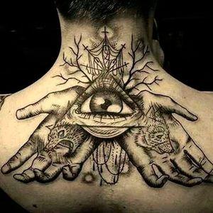 Strong blackwork in this tattoo Photo from Pinterest by unknown artist #eye #thirdeye #allseeingeye #esoteric #blackandgrey #blackwork #hands #wolf #bear #pyramid