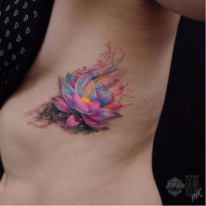 Lotus tattoo by Alberto Cuerva #AlbertoCuerva #graphic #watercolor #lotus