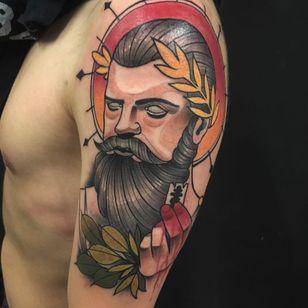 #RafaelMacieira #brasil #brazil #brazilianartist #neotrad #neotraditional #tatuadoresdobrasil #homem #man #barba #beard #folha #leaf #planta #plant #lamina #blade #colorido #colorful