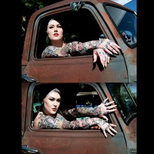 Dallas does vintage very well with her look Gary Keay Photography #DallasValentine #plusmodel #tattooedbabes #AmericanTraditional #model #pinup #glamor #GaryKeay