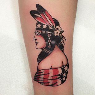Native American Girl Tattoo by Joe Tartarotti #nativeamericangirl #traditional #traditionalartist #oldschool #vinatge #classic #Italianartist #JoeTartarotti