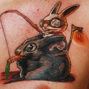 Como zoar o amiguinho com apenas uma cenoura! #colorida #cenoura #carrot #coelho #rabbit #KárolyVirág #tatuadorhungaro #realismo #brasil #brazil #portugues #portuguese