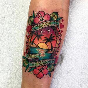 Beach tattoo by Roberto Euán. #RobertoEuan #goldlagrimas #pinkwork #beach #summer