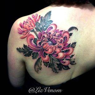 Styled color realism chrysanthemum tattoo by Liz Venom. #flower #chrysanthemum #realism #colorrealism #styledrealism #LizVenom
