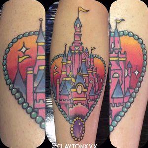 Castelo por Clayton Guedes! #TatuadoresBrasileiros #TatuadoresdoBrasil #TattooBr #TattoodoBr #SãoPaulo #tradicional #traditional #oldschool #disney #castle #castelo #princesa #princess