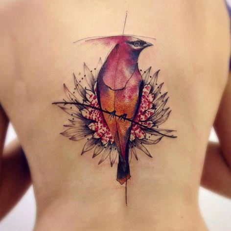 Majestoso #VictorMontaghini #brasil #brazil #tatuadoresdobrasil #brazilianartist #estilorascunho #sketchstyle #watercolor #aquarela #colagem #pássaro #bird #flor #flower