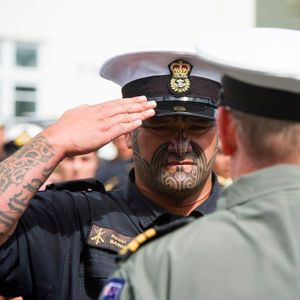 Marinheiro da Nova Zelândia com Tã Moko! #Tamoko #tamokotattoo #maori #maoritattoo #facemaori