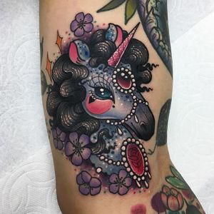 Tattoo by Roberto Euan #RobertoEuan #newtraditional #color #horse #unicorn #flowers #floral #pearls #gems #jewel #rose #heart #sparkle #stars