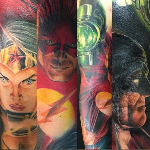 DC Comics arm sleeve by Kenny K-Bar (via IG -- tattosbykbar) #KennyKBar #dccomics #wonderwoman #theflash #batman