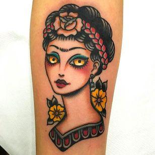 Simple and beautiful Frida Kahlo tattoo by Giuseppe Messina #Gypsy #Girl #GiuseppeMessina #FridaKahlo