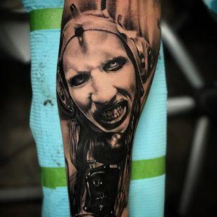 A portrait of Marilyn Manson by Jhon Gutti (IG—jhongutti) #blackandgrey #horror #JhonGutti #MarilynManson #realism