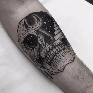 Por Matt Chaos! #MattChaos #CaptainChaos #Blackwork #blackworktattoo #skull #astralskull